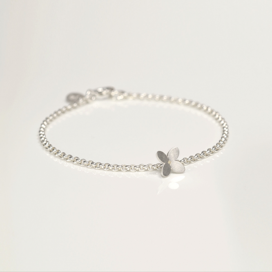 'Together' Armband in Silber mit Bluetendekor