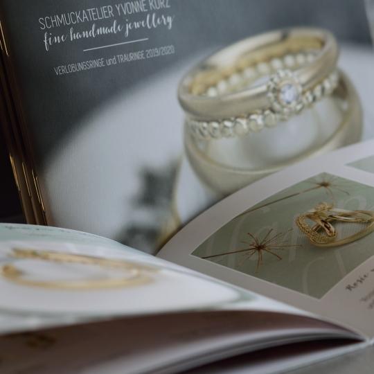 Katalog für Trauringe und Verlobungsringe Schmuckatelier Yvonne Kurz 2019-2020