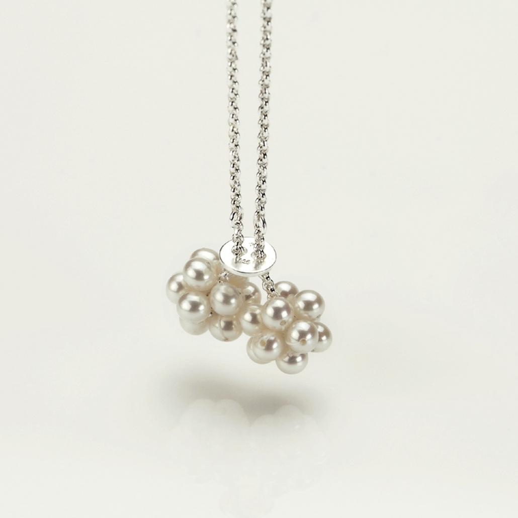 'Grazia' Perlanhaenger in Silber