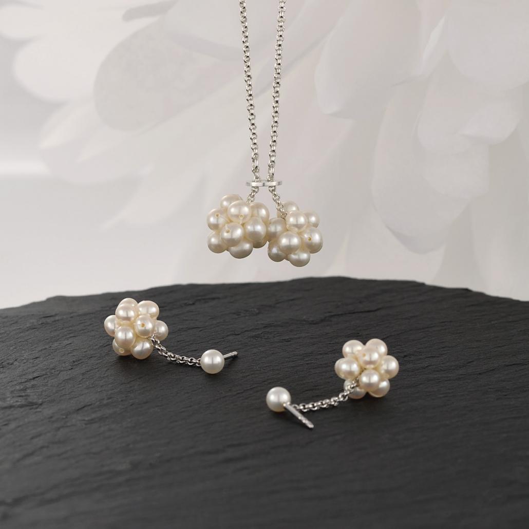 'Grazia' Perlohrstecker und Anhaenger in Silber